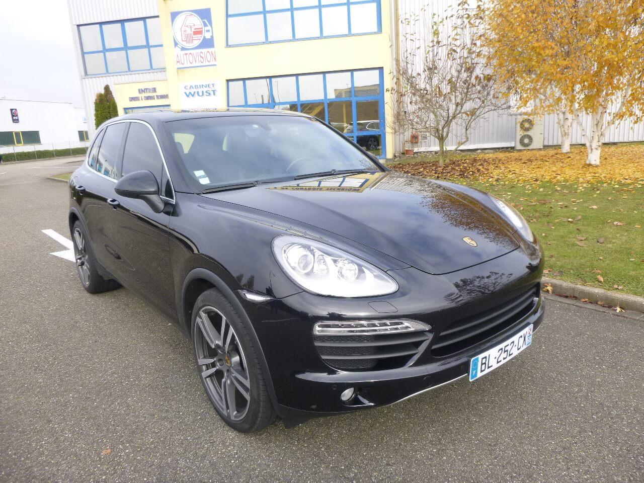 voiture occasion porsche cayenne labellis e vendre ref 1423. Black Bedroom Furniture Sets. Home Design Ideas